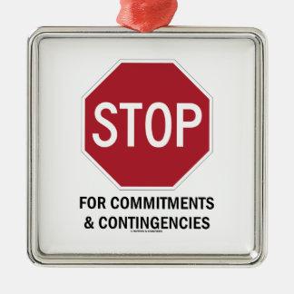 Pare para los compromisos y las contingencias la ornatos