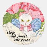Pare y huela al pegatina de los rosas
