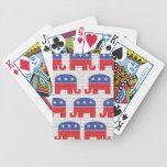 Pared de elefantes republicanos barajas de cartas