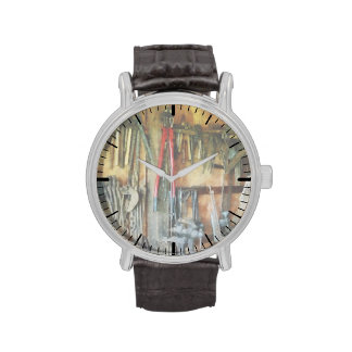 Pared de herramientas y del delantal de la tienda relojes de pulsera