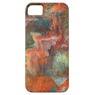 Pared de la cueva con la lixiviación de los iPhone 5 carcasas