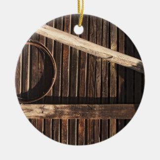 Pared de madera del granero de los tablones de Bro Ornamentos De Reyes