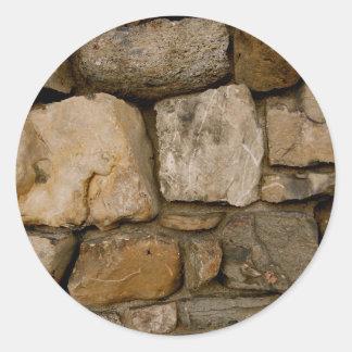Pared de piedra etiquetas redondas