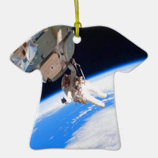 pared del espacio del astronauta de la confianza y adorno de cerámica en forma de camiseta