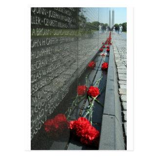 Pared del monumento de los veteranos de Vietnam Postal