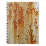 Pared oxidada de la prisión libro de apuntes