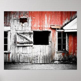 Pared roja vieja del granero póster