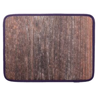 Pared vertical del tablero con la pintura rojiza funda macbook pro