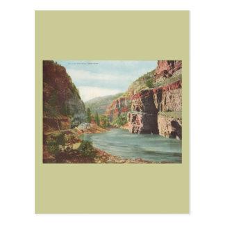 Paredes de Canon, río magnífico (barranco) Postales
