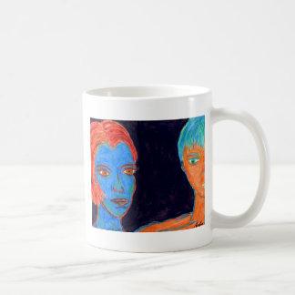 Pareja contendora taza de café
