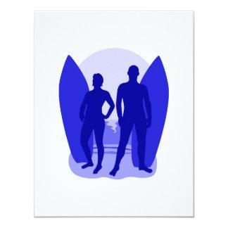 """Pares azules de la persona que practica surf invitación 4.25"""" x 5.5"""""""