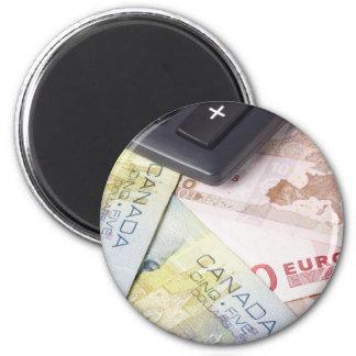 Pares canadienses y euro de las divisas - de la mo imán redondo 5 cm