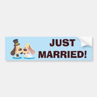 Pares casados del perro pegatina para auto