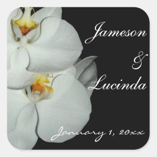 Pares de boda personalizado orquídeas blancas pegatina cuadrada