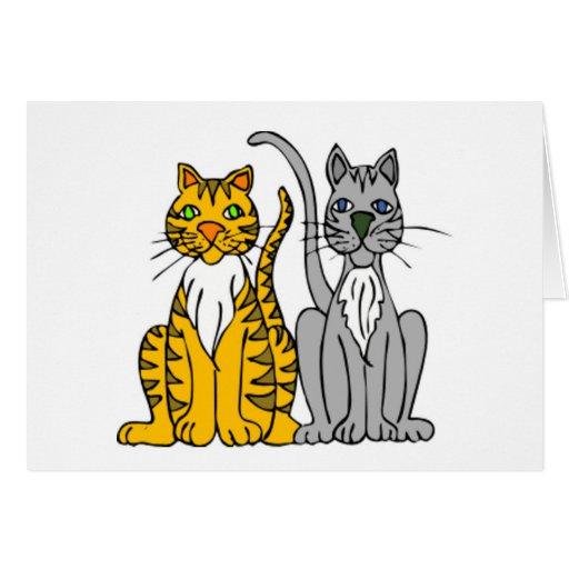 Pares de gatos callejeros divertidos del dibujo felicitación