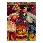 Pares de Halloween del vintage Postales