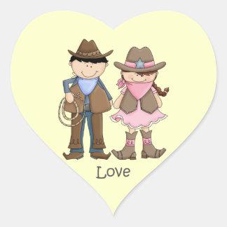 Pares de la vaquera y del vaquero en amor pegatina de corazón personalizadas