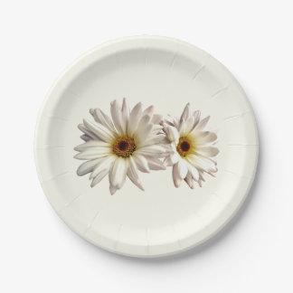 Pares de margaritas blancas platos de papel