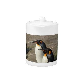 Pares de tetera de los pingüinos