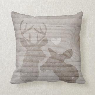 Pares del amor de los ciervos por VOL25 Cojín Decorativo