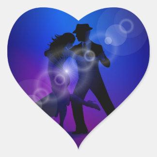 Pares del diseño del tango del baile pegatina en forma de corazón