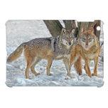 Pares del lobo en nieve iPad mini coberturas