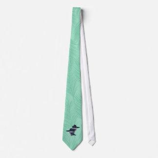 Pares del martín pescador ceñido corbatas