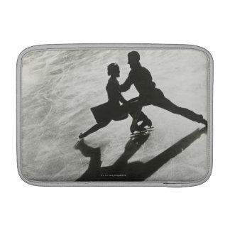 Pares del patinaje de hielo funda para macbook air