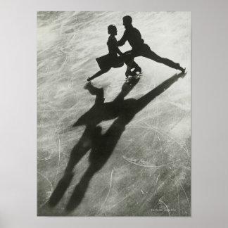 Pares del patinaje de hielo póster