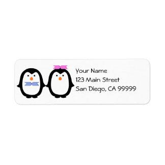 Pares del pingüino etiquetas de remite