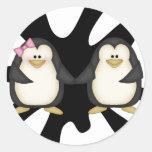Pares del pingüino pegatinas redondas