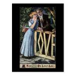 Pares en la puerta del amor postales