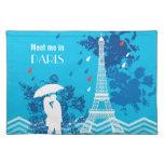 Pares en París con la torre de Eiffle Mantel