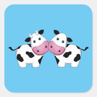 Pares lindos de la vaca pegatina cuadrada