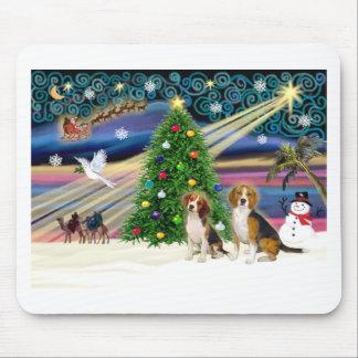 Pares mágicos del beagle de Navidad Tapetes De Ratones