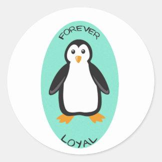Pares para siempre leales del pingüino pegatina redonda