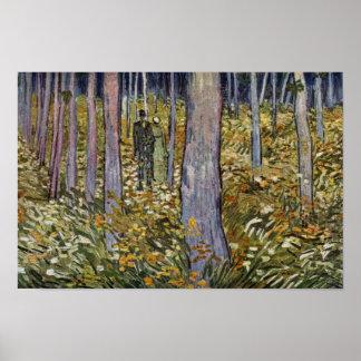 Pares que caminan en el bosque de Vincent van Gogh Póster