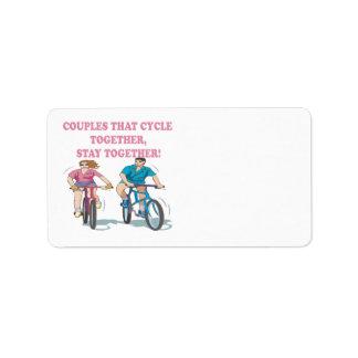 Pares que completan un ciclo juntos etiqueta de dirección