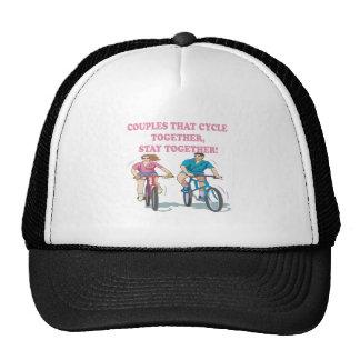 Pares que completan un ciclo juntos gorra