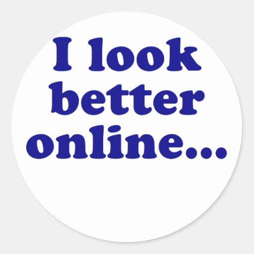 Parezco mejor en línea pegatina redonda