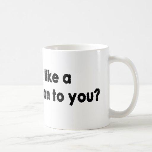 ¿Parezco una persona de la gente a usted? Taza Básica Blanca