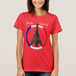 Paris Eiffel Tower in Flag Circle Nano T-Shirt