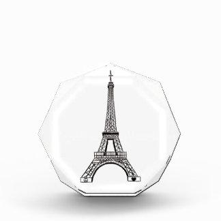paris eiffel tower peace and love award