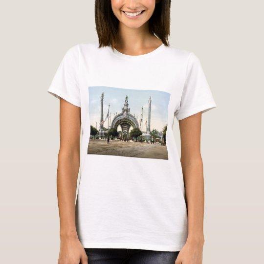 Paris, France Exposition Universal 1900 T-Shirt