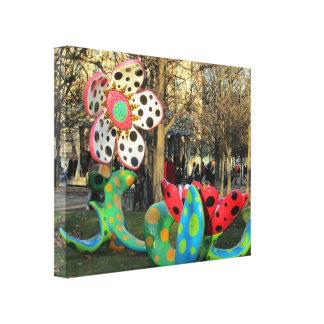 Paris - Jardin de Tuilleries Canvas Print