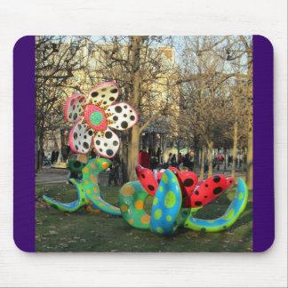 Paris - Jardin de Tuilleries Mouse Pad