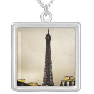París, la torre Eiffel. 2 Joyerias