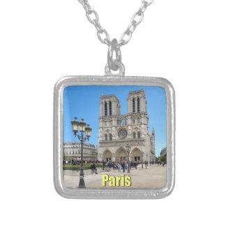 PARÍS Notre Dame Colgante Cuadrado