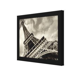 Paris, The Eiffel Tower - wrapped canvas Canvas Print