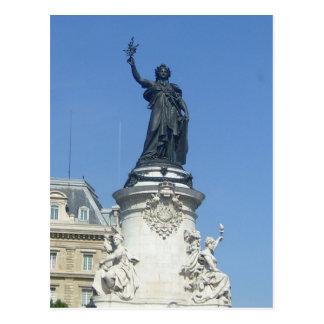 Paris - the monument � R�publique - Postcard